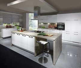 Lacquered Alpine White High Gloss Kitchen