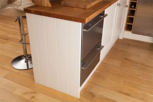 installing-cabinet-end-panels-2-190315